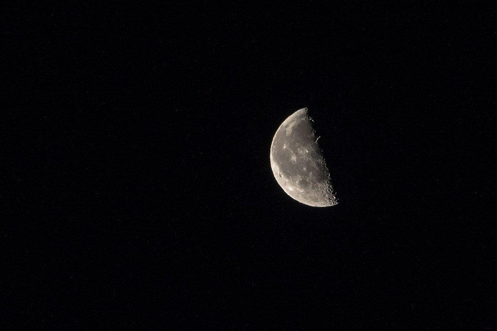 150113-Moon-084624.jpg