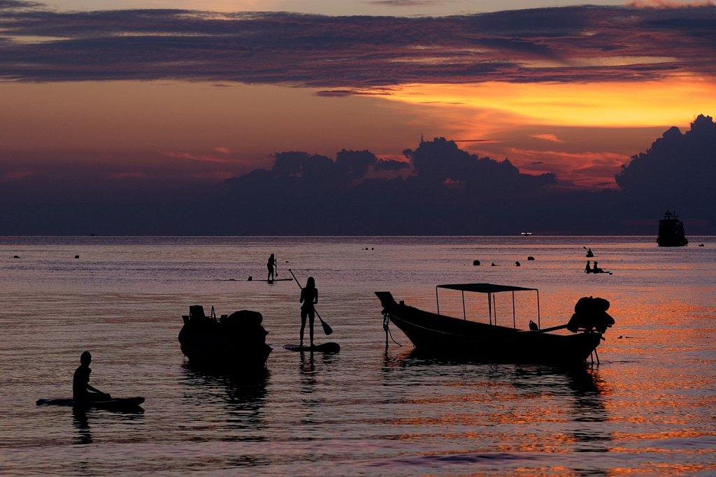 sunset paddel