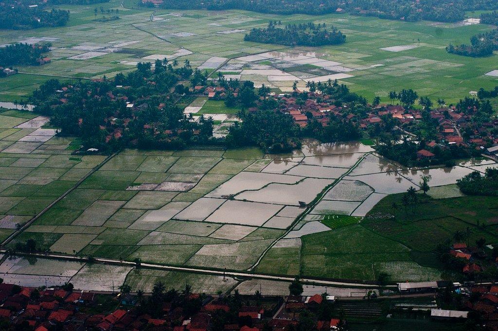 100609-Indonesien-091125.jpg