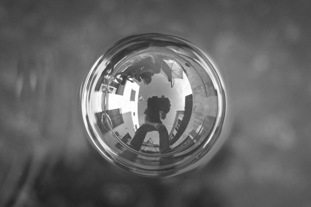 soap-bubble-reflection